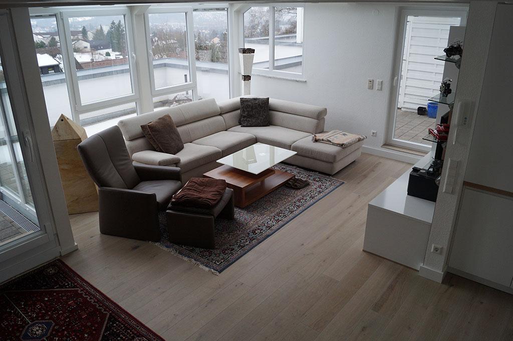 bodenbelag im wohnzimmer fu boden belag parkett laminat vinyl kork. Black Bedroom Furniture Sets. Home Design Ideas