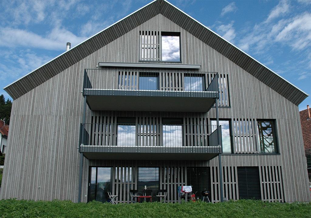 Wohnhaus Fassade Holz