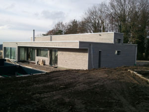 Komplette Fassade Wohnhaus