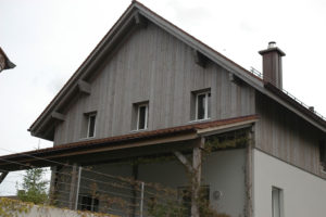 Eindrucksvolle Holz Fassade