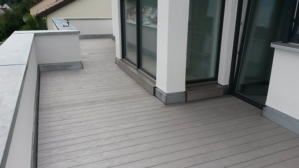 Vinyl Fußboden Für Terrasse ~ Rundum terrasse grau fußboden belag parkett laminat vinyl kork